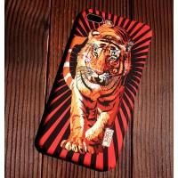 Чехол пластиковый Luxo Glow Animal Tiger 3 для iPhone 7/8