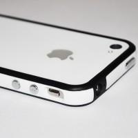Бампер пластиковый Silicone Bumper with metal buttons BLACK WHITE для iPhone 4/4S